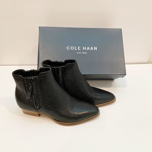 Cole Haan Hadlyn Black Leather Bootie 5.5B